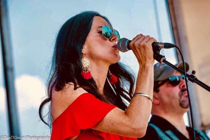 Laura Walsh Cravens-singer1